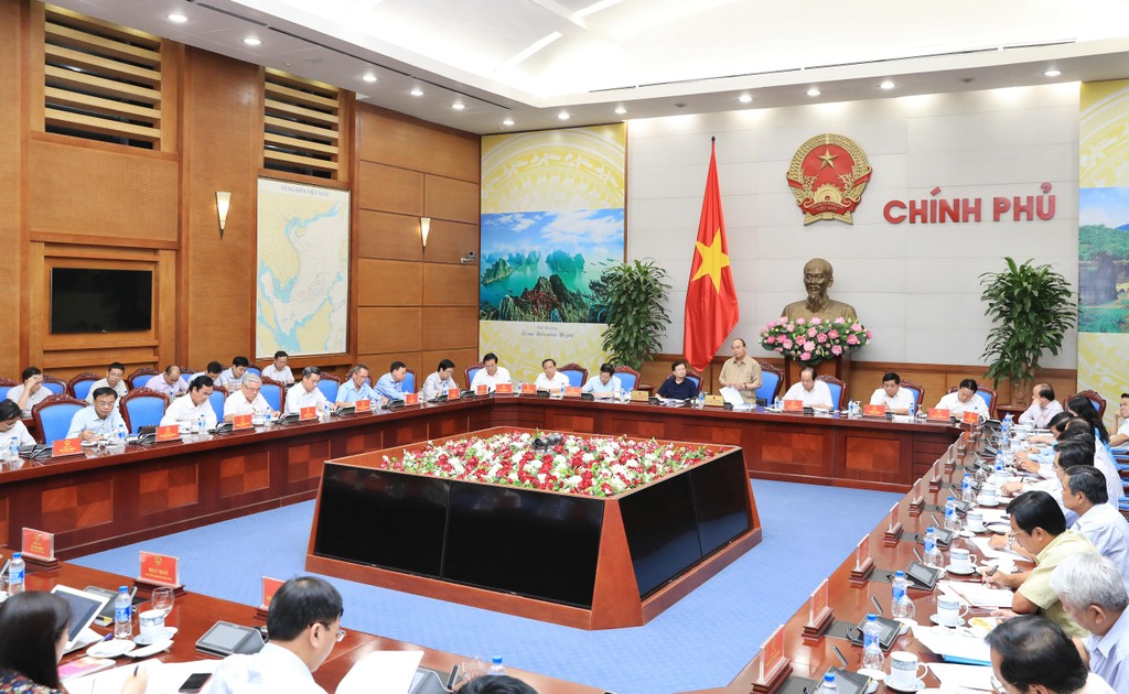 Thủ tướng làm việc với các tỉnh ĐBSCL về chống sạt lở - ảnh 2
