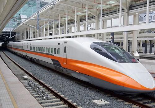 Tàu cao tốc ở Đài Loan chạy tốc độ 300 km/h