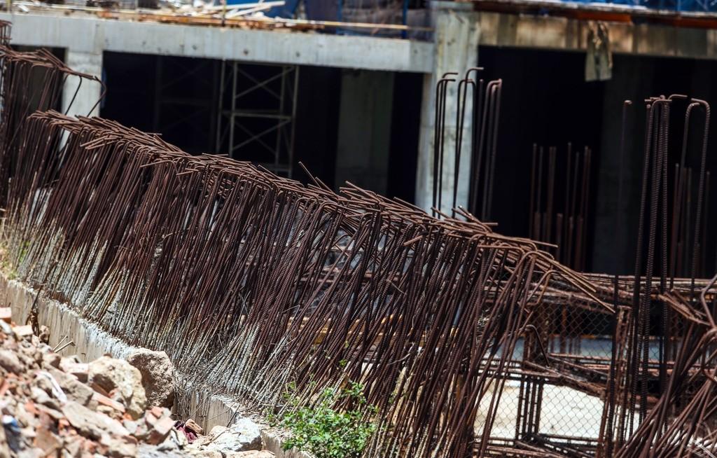 """Hàng nghìn tỷ đồng chỉ để """"đổ"""" vào đống hoang tàn Usilk City - ảnh 3"""