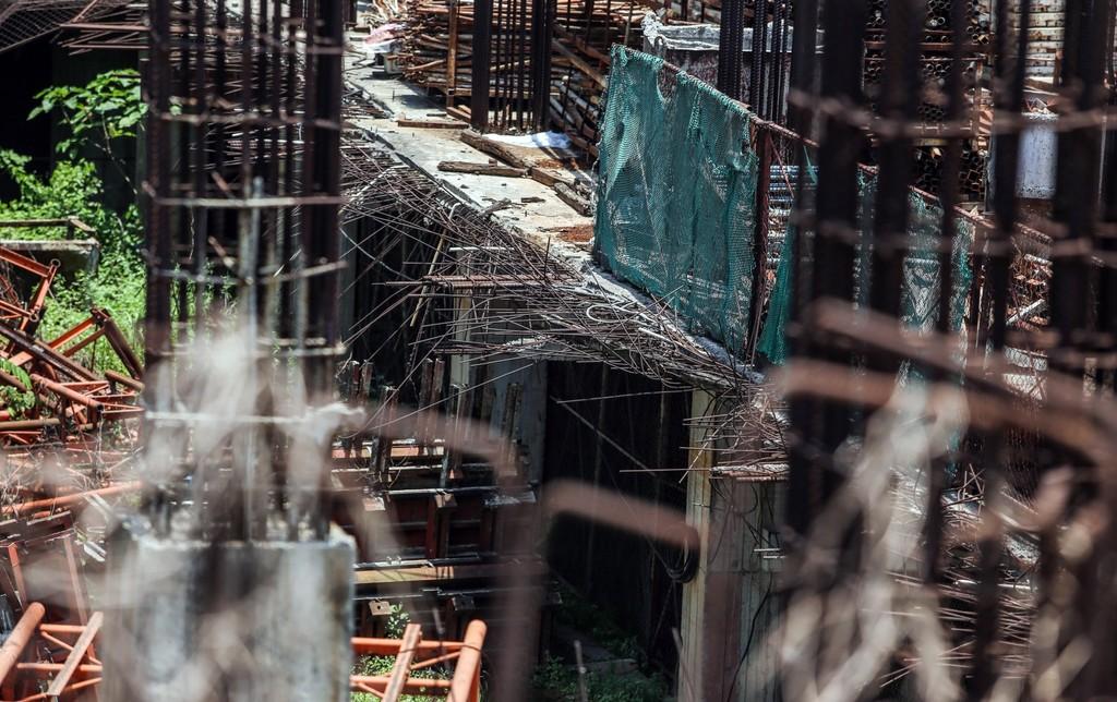 """Hàng nghìn tỷ đồng chỉ để """"đổ"""" vào đống hoang tàn Usilk City - ảnh 4"""