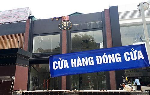 Hơn 20 cửa hàng sai phép ở Hà Nội bị phá dỡ - ảnh 2