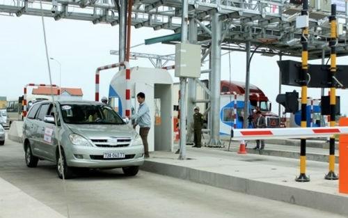 Bộ Tài chính quy định khoảng cách tối thiểu giữa hai trạm thu phí là 70 km. Ảnh: Đ.L
