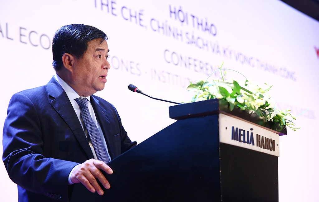 Bộ trưởng Bộ KH&ĐT Nguyễn Chí Dũng khẳng định, việc Việt Nam phát triển 3 đặc khu thể hiện thể hiện sự nhất quán và quan tâm của Đảng, Quốc hội và Chính phủ đối với mô hình này. Ảnh: Lê Tiên