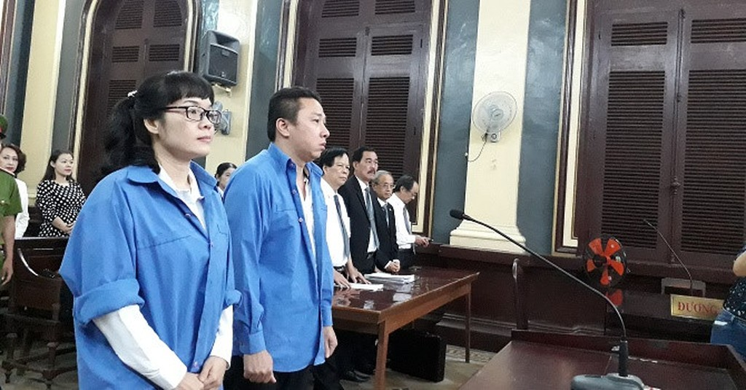 Hai bản án trái ngược về tội danh, đề nghị xử tội Tham ô