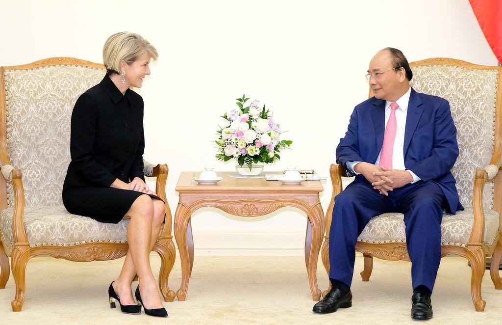 Thủ tướng Nguyễn Xuân Phúc và Bộ trưởng Bộ Ngoại giao Australia Julie Bishop - Ảnh: VGP