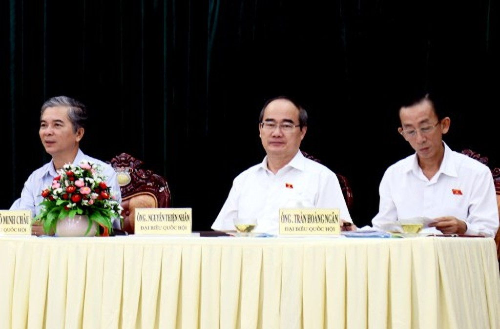 Tại cuộc tiếp xúc cử tri sáng 14/5 vừa qua, Bí thư Nguyễn Thiện Nhân hứa sau kỳ họp Quốc hội sẽ gặp cử tri Quận 2 trao đổi về dự án khu đô thị mới Thủ Thiêm.