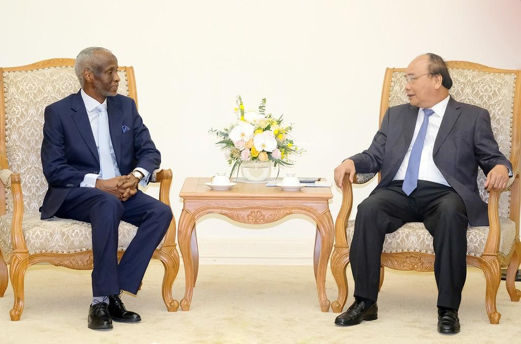 Thủ tướng tiếp tân Đại sứ Ai Cập và Sudan - ảnh 1