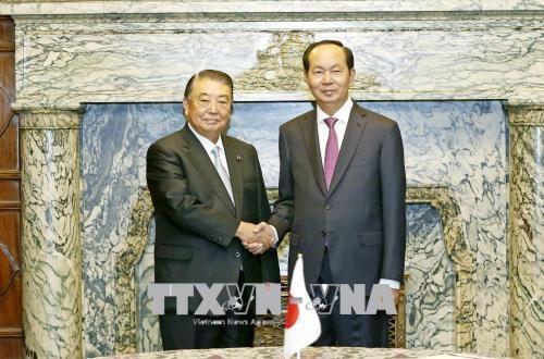 Chủ tịch nước Trần Đại Quang và Chủ tịch Hạ viện Nhật Bản Tadamori Oshima