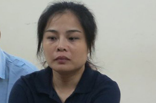 """""""Siêu lừa"""" Phạm Thanh Nga tại phiên tòa sơ thẩm."""