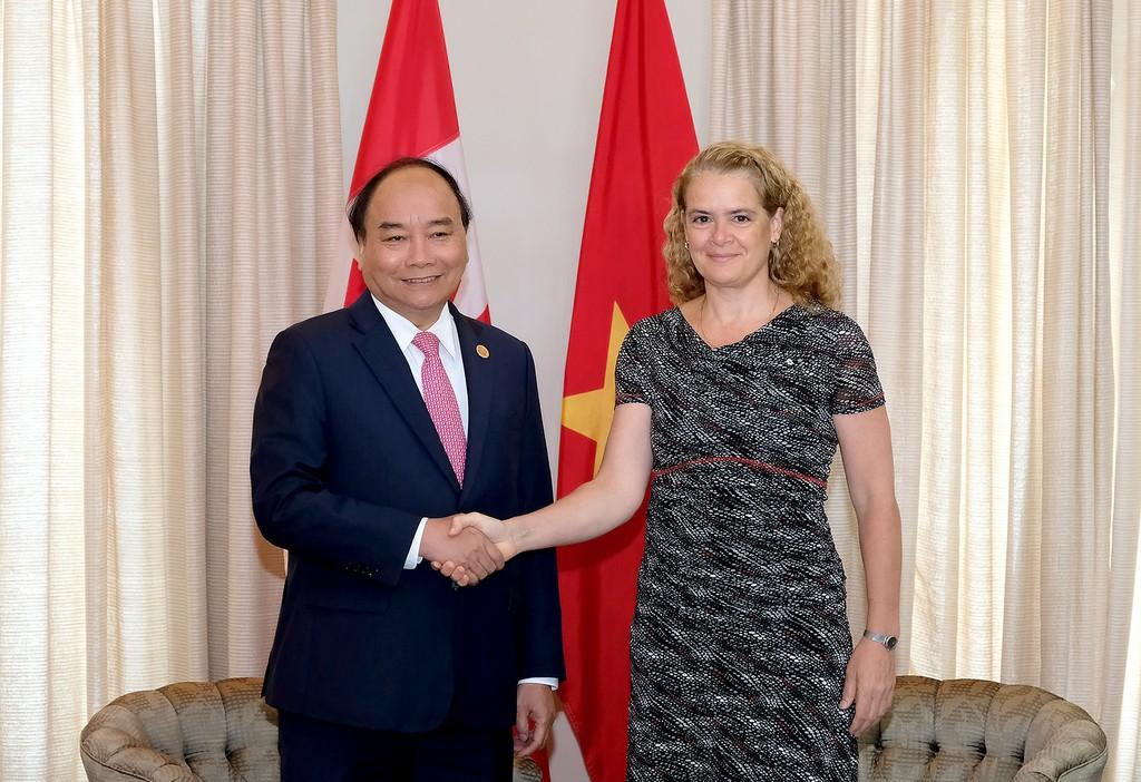 Thủ tướng Chính phủ Nguyễn Xuân Phúc và Toàn quyền Canada Julie Payette. - Ảnh: VGP