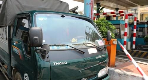 Nhiều tài xế không mua vé khi qua trạm thu phí BOT ở Thái Bình - ảnh 1