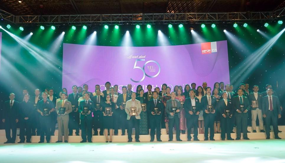 """Vietjet dẫn đầu """"50 Công ty kinh doanh hiệu quả nhất Việt Nam"""" - ảnh 1"""