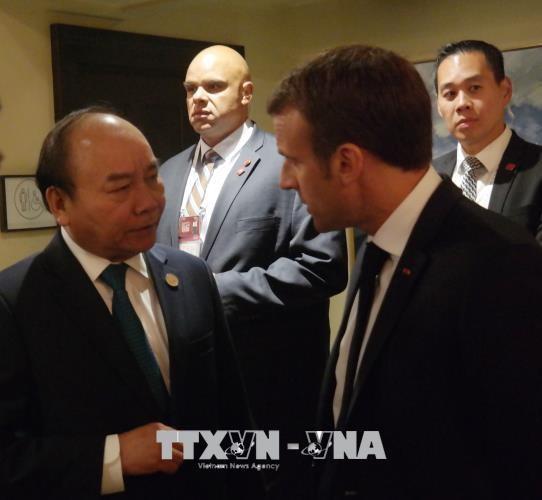 Thủ tướng tiếp xúc song phương các nhà lãnh đạo dự Hội nghị G7 mở rộng - ảnh 2