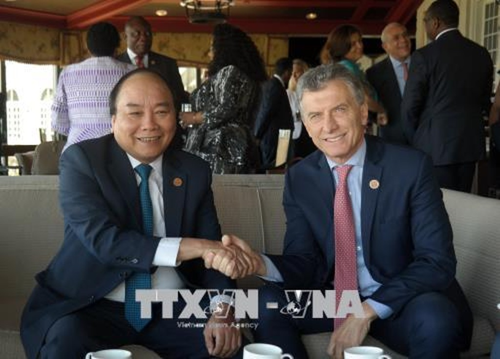 Thủ tướng tiếp xúc song phương các nhà lãnh đạo dự Hội nghị G7 mở rộng - ảnh 3