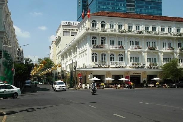 Đường Đồng Khởi, Quận 1 theo Bảng giá đất của TP HCM được định giá 210,6 triệu đồng/m2 nhưng giá thị trường lên tới hơn 1 tỷ đồng/m2. Ảnh: Giáo dục Việt Nam.