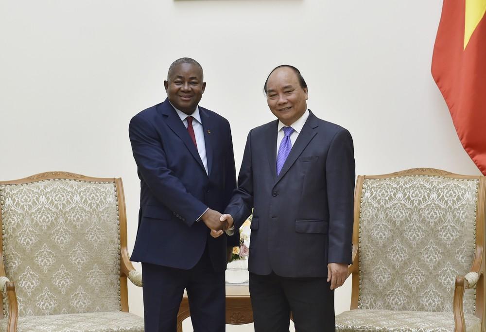 Thủ tướng tiếp tân Đại sứ Hàn Quốc và Mozambique - ảnh 4
