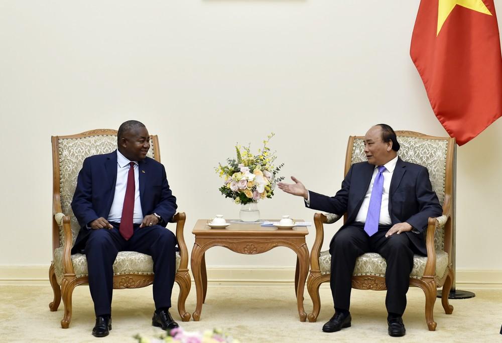 Thủ tướng tiếp tân Đại sứ Hàn Quốc và Mozambique - ảnh 3