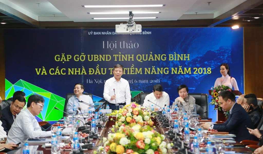Ông Nguyễn Hữu Hoài, Chủ tịch UBND tỉnh Quảng Bình phát biểu tại Hội thảo. Ảnh: Việt Anh
