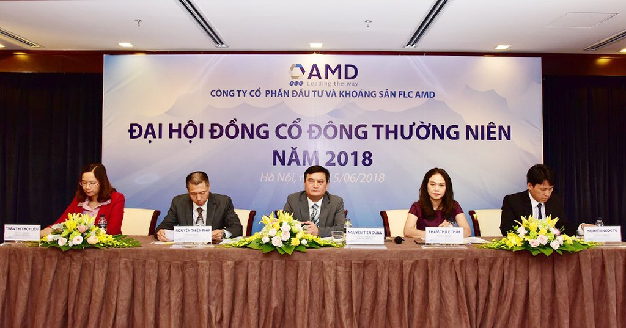 Đoàn chủ tịch ĐHCĐ thường niên FLC AMD năm 2018