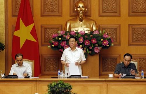Phó Thủ tướng Vương Đình Huệ chủ trì cuộc họp Ban Chỉ đạo Phòng, chống rửa tiền. Ảnh: VGP