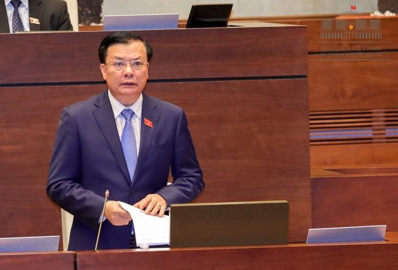Bộ trưởng Bộ Tài chính Đinh Tiến Dũng. Ảnh: Quochoi.vn