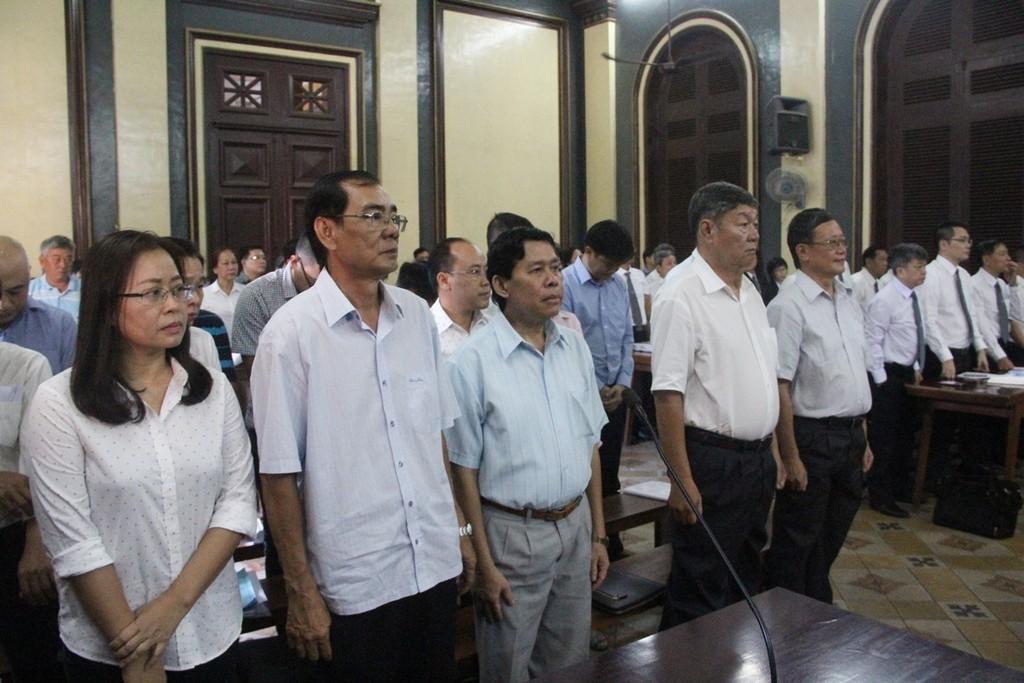 Nguyên Chủ tịch HĐQT ngân hàng MHB cùng 16 đồng phạm hầu tòa - ảnh 1
