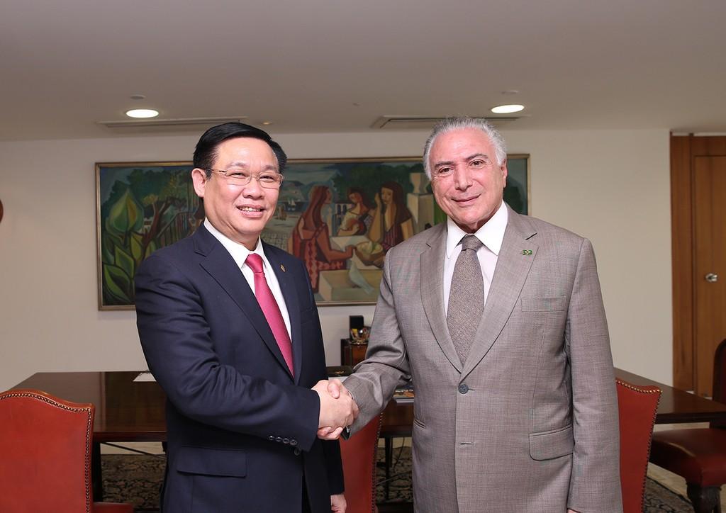 Phó Thủ tướng Vương Đình Huệ hội kiến Tổng thống Brazil Michel Temer. Ảnh: VGP
