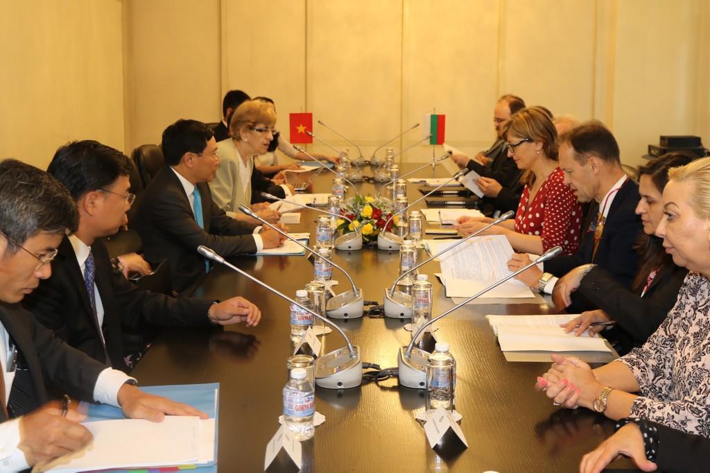 Việt Nam-Bulgaria nhất trí đưa hợp tác kinh tế lên tầm cao mới - ảnh 2