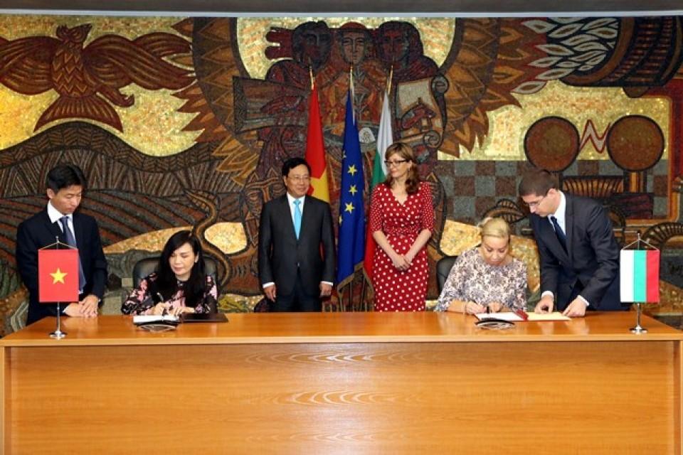 Việt Nam-Bulgaria nhất trí đưa hợp tác kinh tế lên tầm cao mới - ảnh 3