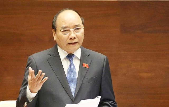 Thủ tướng nghiêm cấm các bộ, cơ quan ngang bộ, UBND tỉnh, thành phố trực thuộc Trung ương tự đặt thêm điều kiện kinh doanh, danh mục hàng hóa, thủ tục kiểm tra chuyên ngành trái quy định của pháp luật.