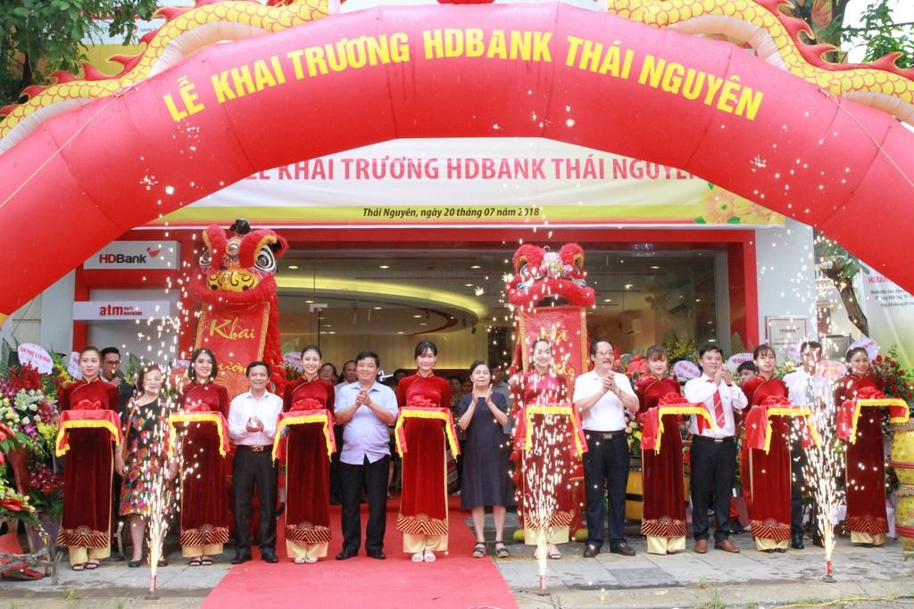 Khai trương HDBank Chi nhánh Thái Nguyên