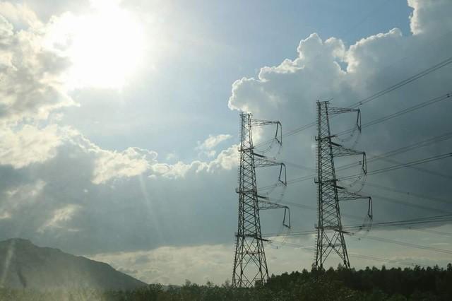Chính sách trợ cấp giá điện cho người nghèo đến nay được cho là không còn hiệu quả. Ảnh minh họa