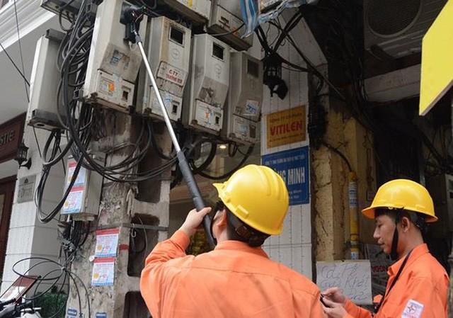 Hà Nội bắt tay vào việc xử lý hàng loạt cơ sở cho thuê phòng trọ tăng giá điện vô tội vạ với người thuê trọ. Ảnh minh họa