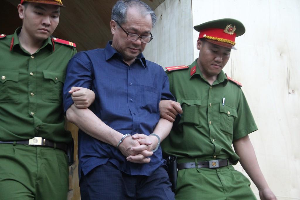 Phạm Công Danh xin lại sân vận động Chi Lăng.