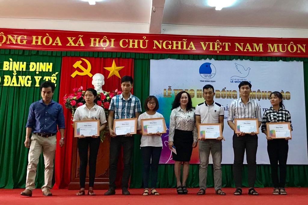 Quỹ Lê Mộng Đào trao 265 suất học bổng tại 5 tỉnh thành