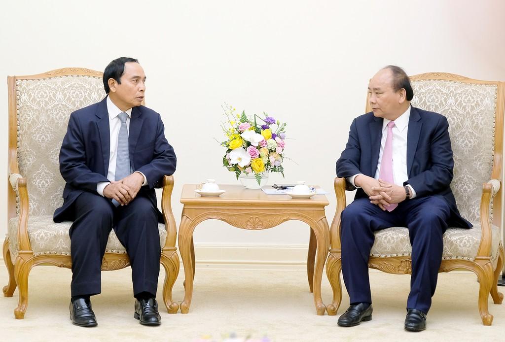 Thủ tướng Nguyễn Xuân Phúc tiếp Phó Thủ tướng Lào - ảnh 1