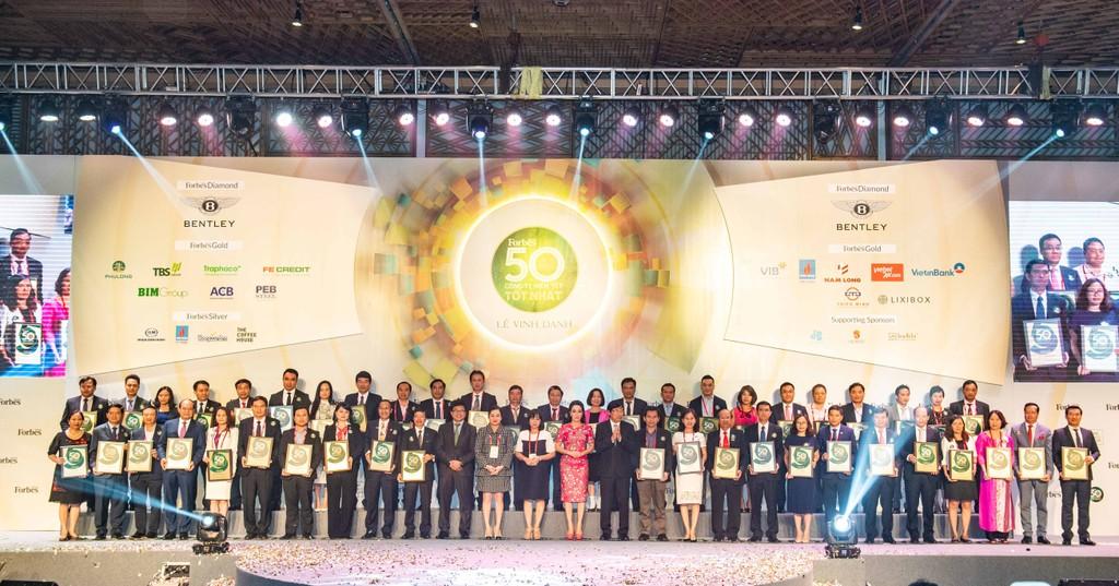 Đại diện Top 50 Công ty niêm yết tốt nhất Việt Nam 2018