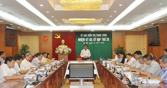 Ủy ban Kiểm tra Trung ương thông báo kết quả Kỳ họp 28