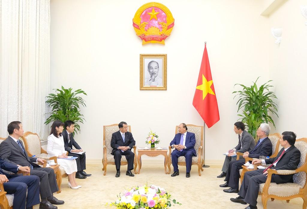 Thủ tướng tiếp Chủ tịch Liên minh Nghị sĩ Hữu nghị Nhật Bản-Mekong - ảnh 1