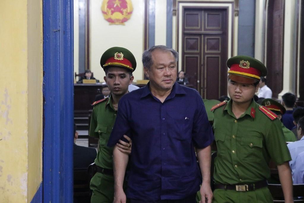 Phạm Công Danh xin khai thác sân vận động Chi Lăng.