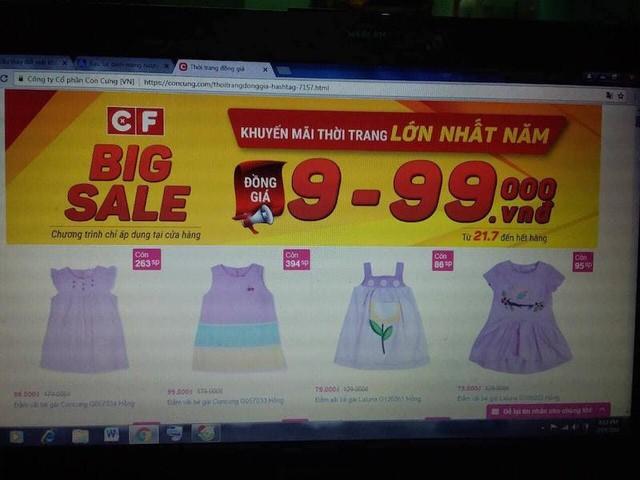 Bộ quần áo bé gái trị giá 329.000 đồng của khách hàng Trương Đinh Công Vĩnh (quận Tân Bình) mua về bị lỗi