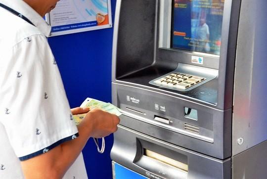 """Vụ """"bốc hơi"""" 116 triệu đồng tại DongA Bank: Chuyển hồ sơ cho cơ quan điều tra - ảnh 1"""