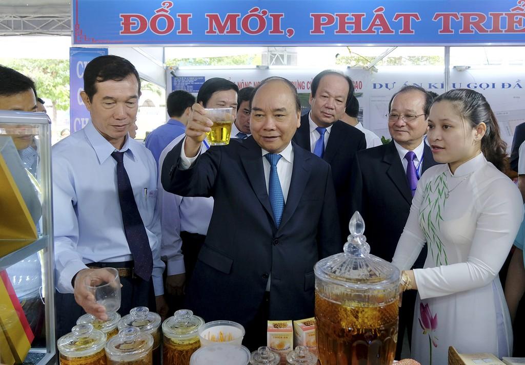 Thủ tướng dự Hội nghị xúc tiến đầu tư Tiền Giang - ảnh 1