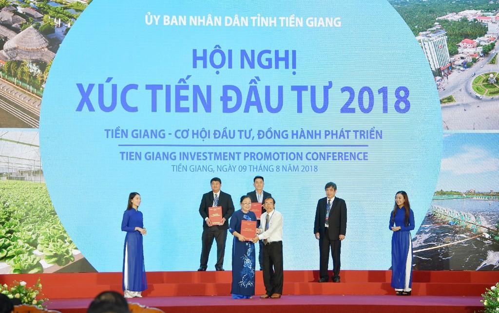 Vietcombank cam kết đồng hành phát triển kinh tế - xã hội tỉnh Tiền Giang - ảnh 4