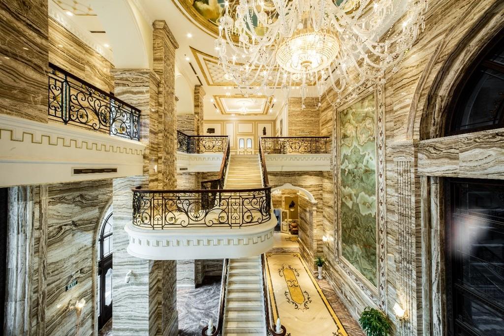 D'. Palais Louis: Đại sảnh đắt giá nhất Việt Nam - ảnh 2
