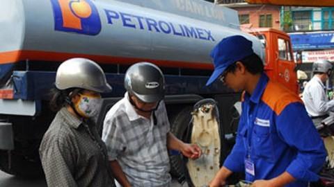 Petrolimex muốn giãn tiến độ thoái vốn Nhà nước. Ảnh minh hoạ