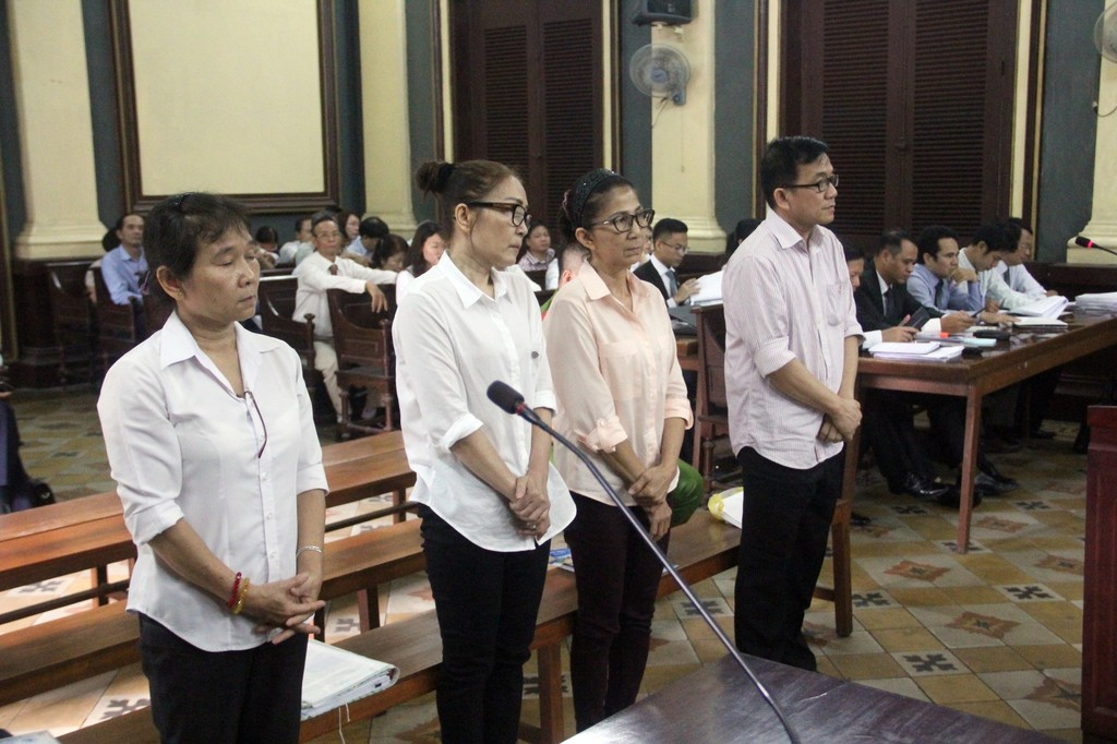 """Giám đốc dùng nhà tại """"khu đất vàng"""" Sài Gòn lừa hàng trăm tỉ đồng - ảnh 1"""