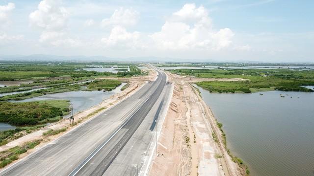 Quảng Ninh: Từ 1/9, người dân chính thức được lưu thông qua cây cầu hơn 7.000 tỉ - ảnh 2