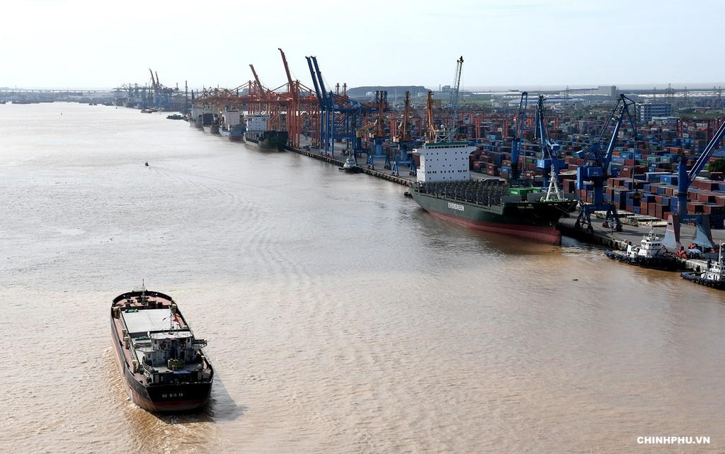 Thủ tướng cắt băng khánh thành cao tốc Hạ Long–Hải Phòng và cầu Bạch Đằng - ảnh 5