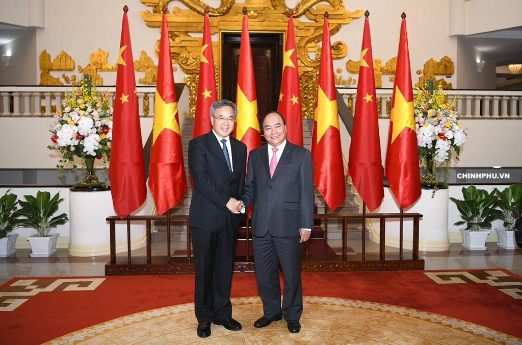 Thủ tướng Nguyễn Xuân Phúc tiếp Phó Thủ tướng Trung Quốc Hồ Xuân Hoa. Ảnh: VGP